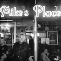 Mike's Place - Mission To Israel